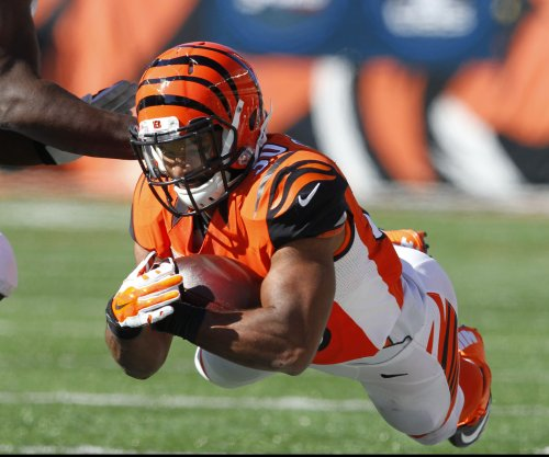 Cincinnati Bengals RB Cedric Peerman sidelined with broken forearm