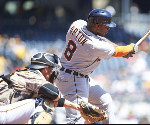 Los Angeles Angels acquire All-Star Justin Upton from Detroit Tigers