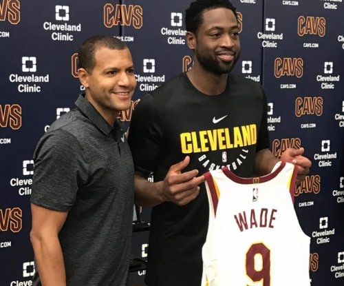 Kyrie Irving: Dwyane Wade responds to Cleveland Cavaliers dis