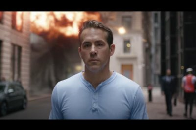 'Free Guy' trailer: Ryan Reynolds plays video game 'good guy'