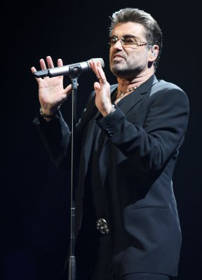 George Michael to release new holiday song