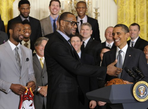 Report: LeBron James hits on woman during trip to White House with Miami Heat