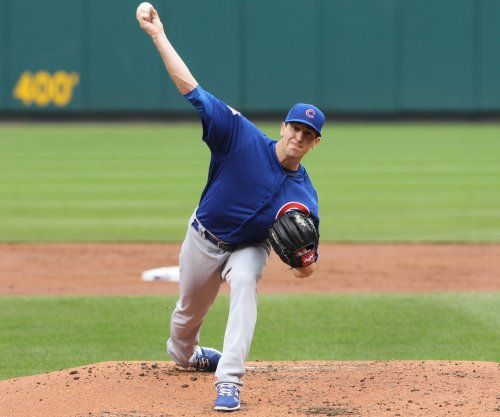 Kyle Hendricks strikes out 12, Chicago Cubs beat Pittsburgh Pirates