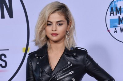 Selena Gomez, Mary J. Blige honored at Billboard's Women in Music Awards