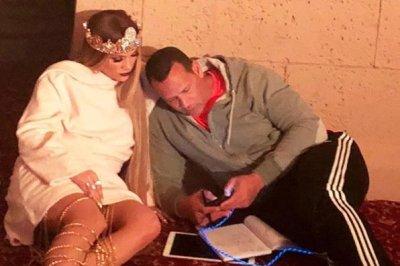Alex Rodriguez visits Jennifer Lopez during 'late night' on set