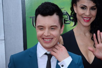 'Shameless': Noel Fisher to return as Mickey in Season 10