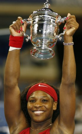 Serena Williams returns to No. 1