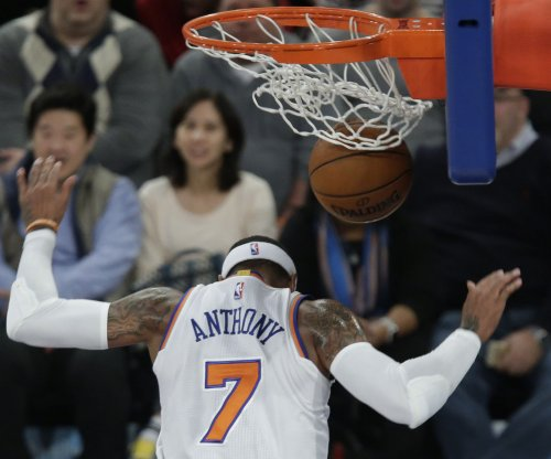 Knicks' Carmelo Anthony sits out game with illness