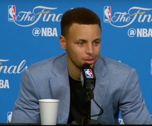 Stephen Curry, Klay Thompson, Golden State Warriors beat Cleveland Cavaliers