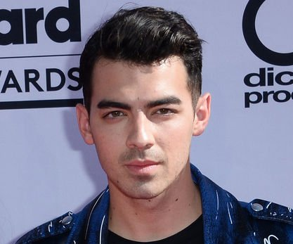 Joe Jonas and Sophie Turner spark dating rumors