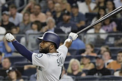 Mariners aim to make it three straight in Baltimore