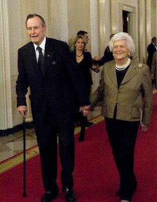 Barbara Bush responding well to treatment for pneumonia in Houston
