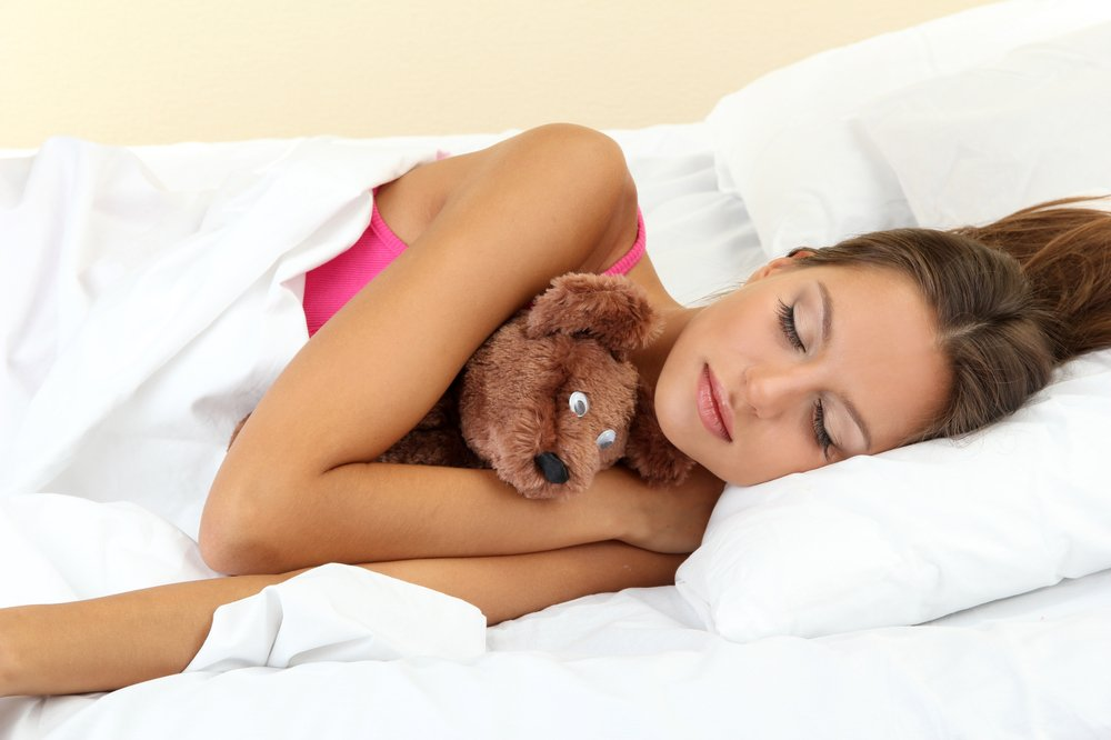 35 percent of British adults sleep with bear