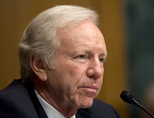 Lieberman won't seek GOP VP post