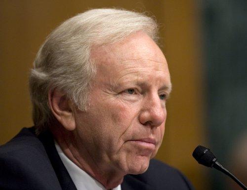 Lieberman won't seek GOP VP post