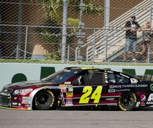 Gordon wins pole for his last Daytona 500