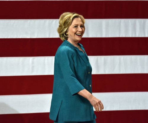Hillary Clinton unveils $350B plan allowing students to graduate without debt