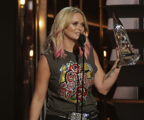 Miranda Lambert releases new single, is 'nervous as hell'