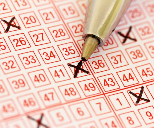 Woman's $200 lottery prize overshadowed by $200,000 jackpot