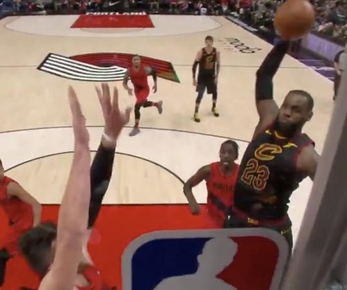 LeBron James throws down his best dunk of the season vs. Blazers