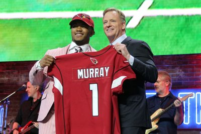 Cardinals QB Kyler Murray has sore feet after first practice