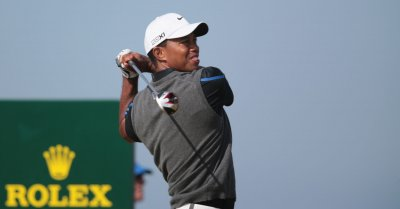 Woods stretches lead for No. 1 in world golf ranking