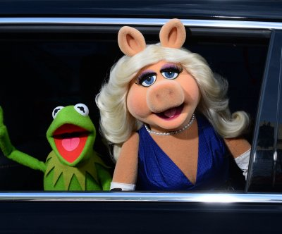 Kermit the Frog, Miss Piggy announce split