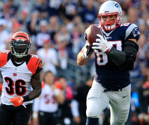 New England Patriots adjusting to life without Rob Gronkowski