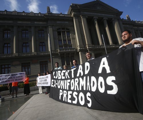 Chile sentences 33 former spies over Pinochet-era killings