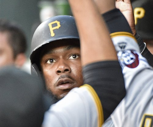 Josh Bell drives in 3 as Pittsburgh Pirates top Philadelphia Phillies