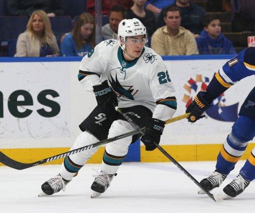 Sharks visit Blackhawks while riding three-game win streak