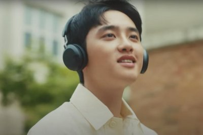 EXO's D.O. releases debut solo EP, 'Rose' music video