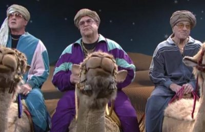 Robert De Niro, Sylvester Stallone ride camels on 'SNL' [VIDEO]