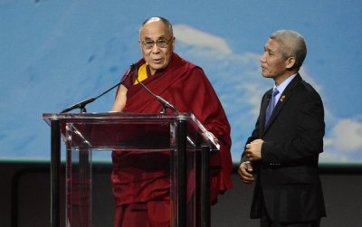 Dalai Lama opens Senate session with prayer