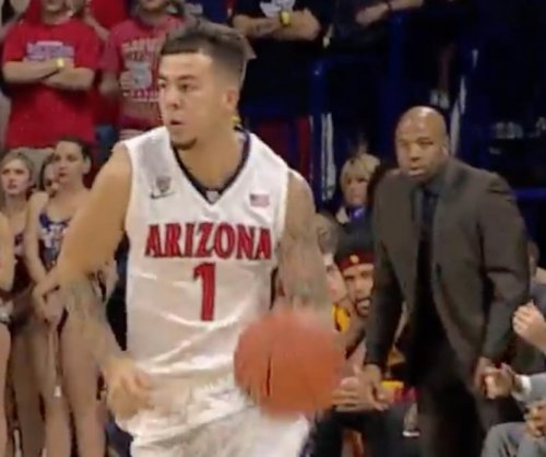 No. 17 Arizona beats USC to tie for first