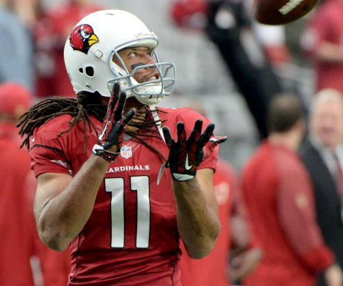 Arizona Cardinals' Larry Fitzgerald graduates from college to fulfill promise to mom