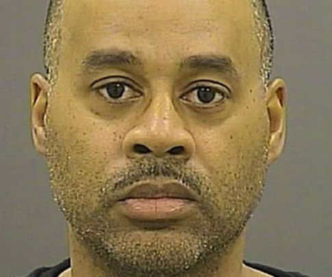 Judge in Freddie Gray case scolds prosecutors on first day of officer Goodson's trial