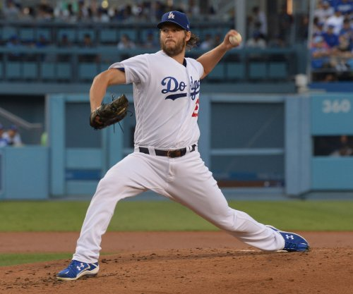 Los Angeles Dodgers pitcher Clayton Kershaw beats Arizona Diamondbacks for 13th win