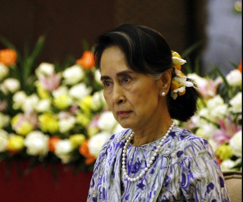 Myanmar's leader orders probe of abuses, says some Rohingya can return