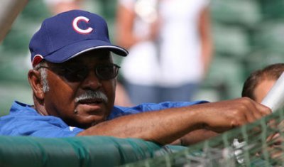 Cubs to erect Billy Williams statue