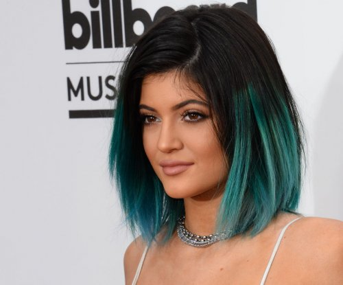 Kylie Jenner suspected to move in with boyfriend Tyga after 18th birthday