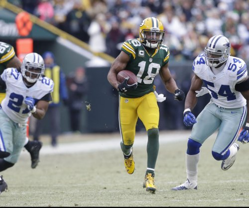 Green Bay Packers' Randall Cobb sore after getting 'folded up like a lawn chair'