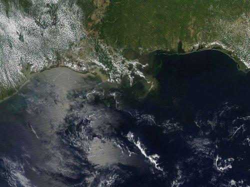 U.S. opens Gulf acreage to energy companies