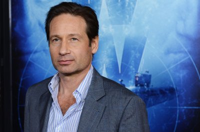 David Duchovny, Seth Meyers, Jane Krakowski to host NBC's Red Nose Day telethon