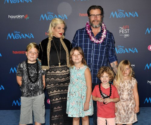 Tori Spelling, Dean McDermott sued for nearly $200,000 over unpaid bank loan