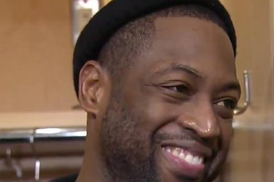 LeBron James ruins Dwyane Wade's interview while cheering for Ohio State
