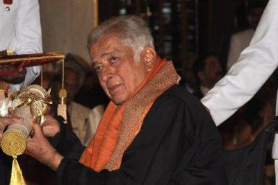 Bollywood icon Sashi Kapoor dead at 79