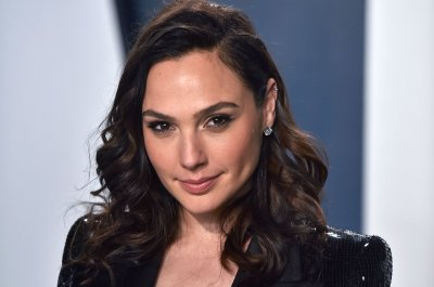 Gal Gadot to play Cleopatra in new Patty Jenkins film