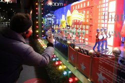 Gallup: Projected holiday spending ticks up, but far off 2019 season