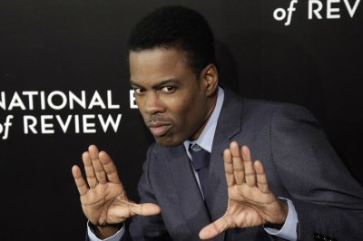 Chris Rock hunts a killer in new 'Spiral: From the Book of Saw' trailer